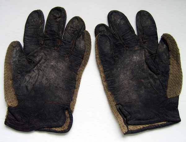 Racing gloves worn by Mexican racing driver Ricardo Rodriguez-1
